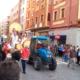 Desfile de carrozas fiestas de Ntra. Sra. de La Vega en Haro por delante y encima de la gasolinera